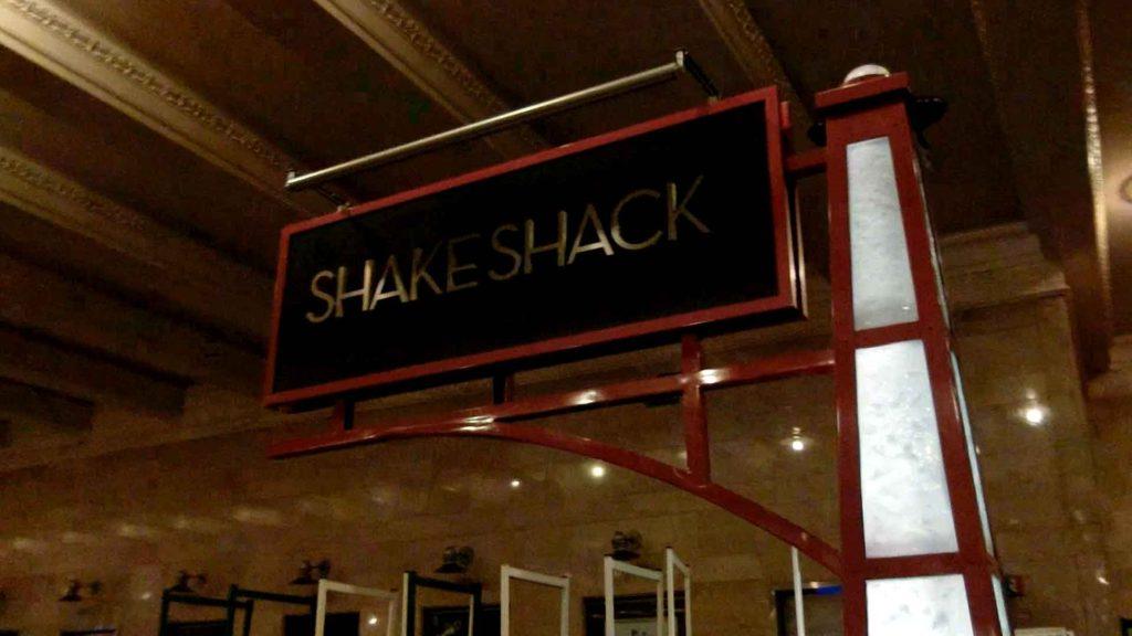 シェイクシャックの看板