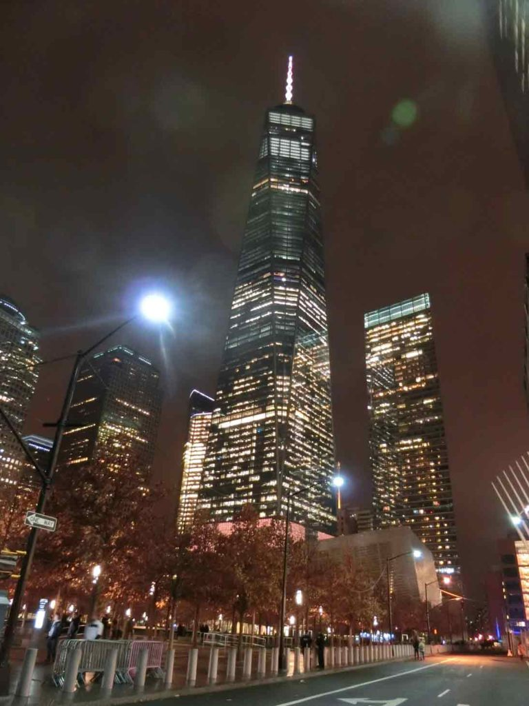 911メモリアルを出た後のワールドワントレードセンター
